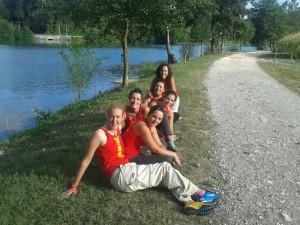 El equipo nacional de Agua Dulce Damas en el río.