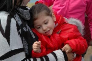 La pequeña Daniela también disfrutó en La Breña.